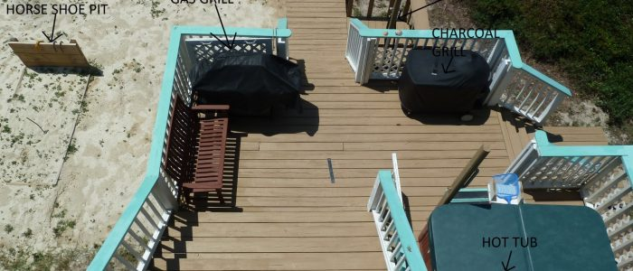 Hot Tub and Deck Area-Grills, Shower, Horse Shoe Pit,Doggie Gates