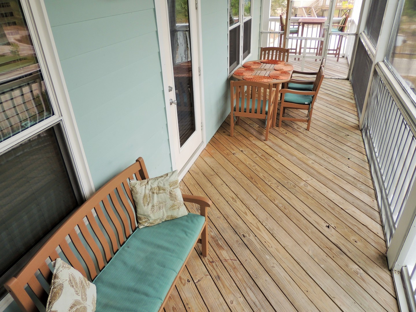 Two Palms-Screened in Deck, Connecting to Kitchen-With Gulf of Mexico Views-1