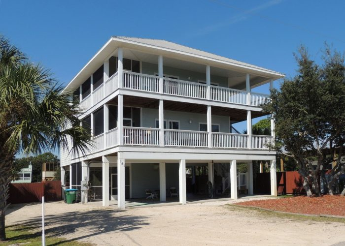 Three Palms Compound From Higgins Road